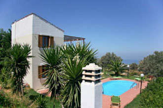 villa pool michalis platanes kreta
