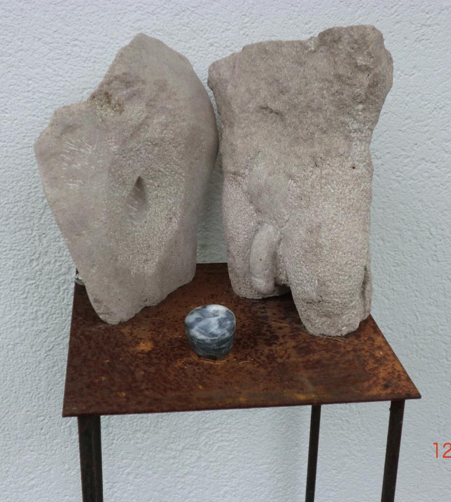 Das Ende von Eden II-Thyster Kalkstein 2017-30x30x31 cm-250 €