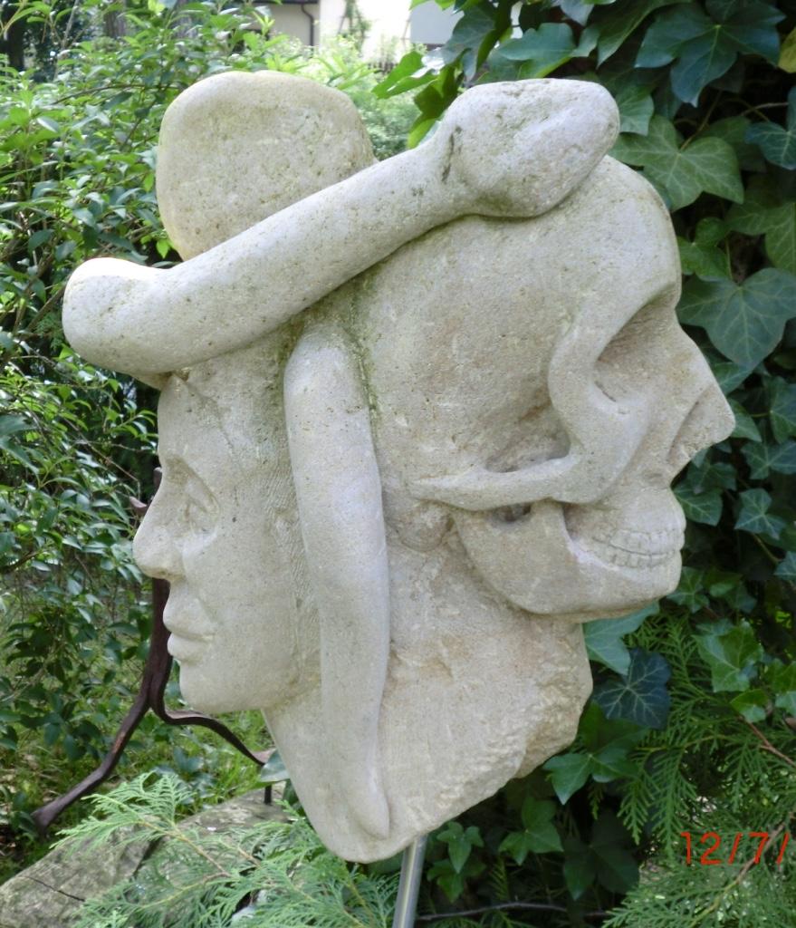 Das Ende von Eden I-Thyster Kalkstein 2015-45x25x20 cm-350 €