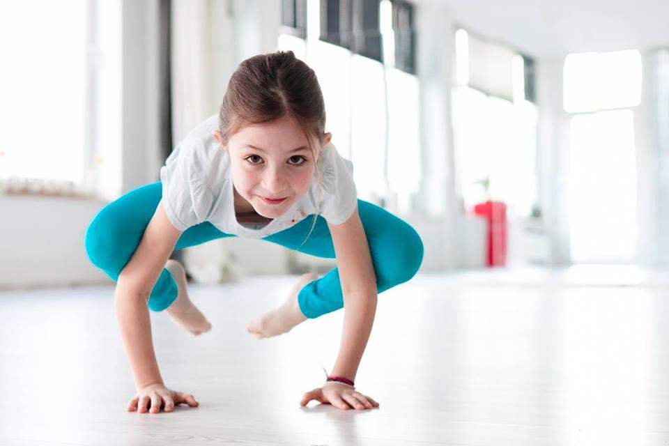 Kinder Yoga und Entspannung