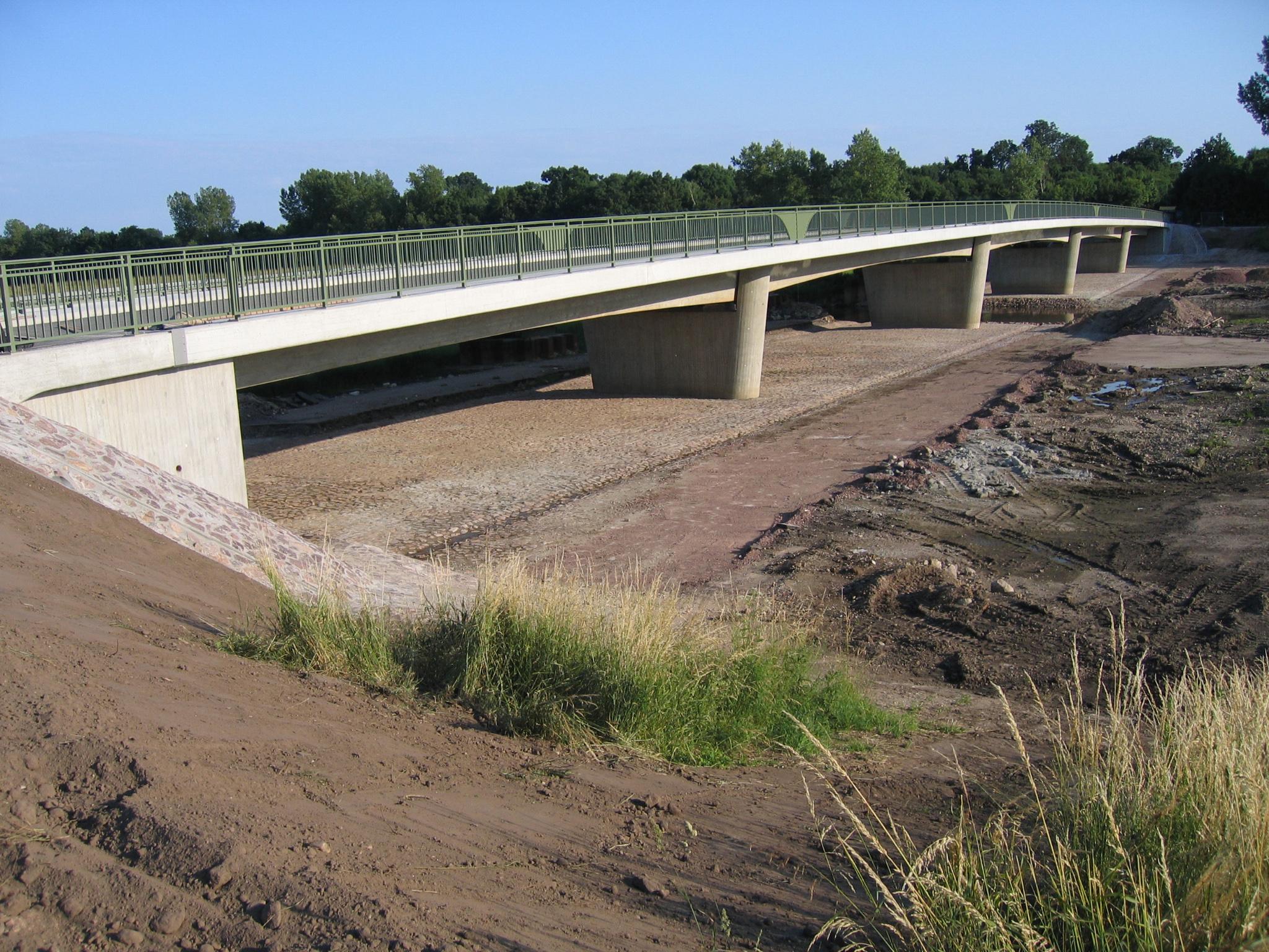 17.06.2008 -Die neue Brücke ist fertig