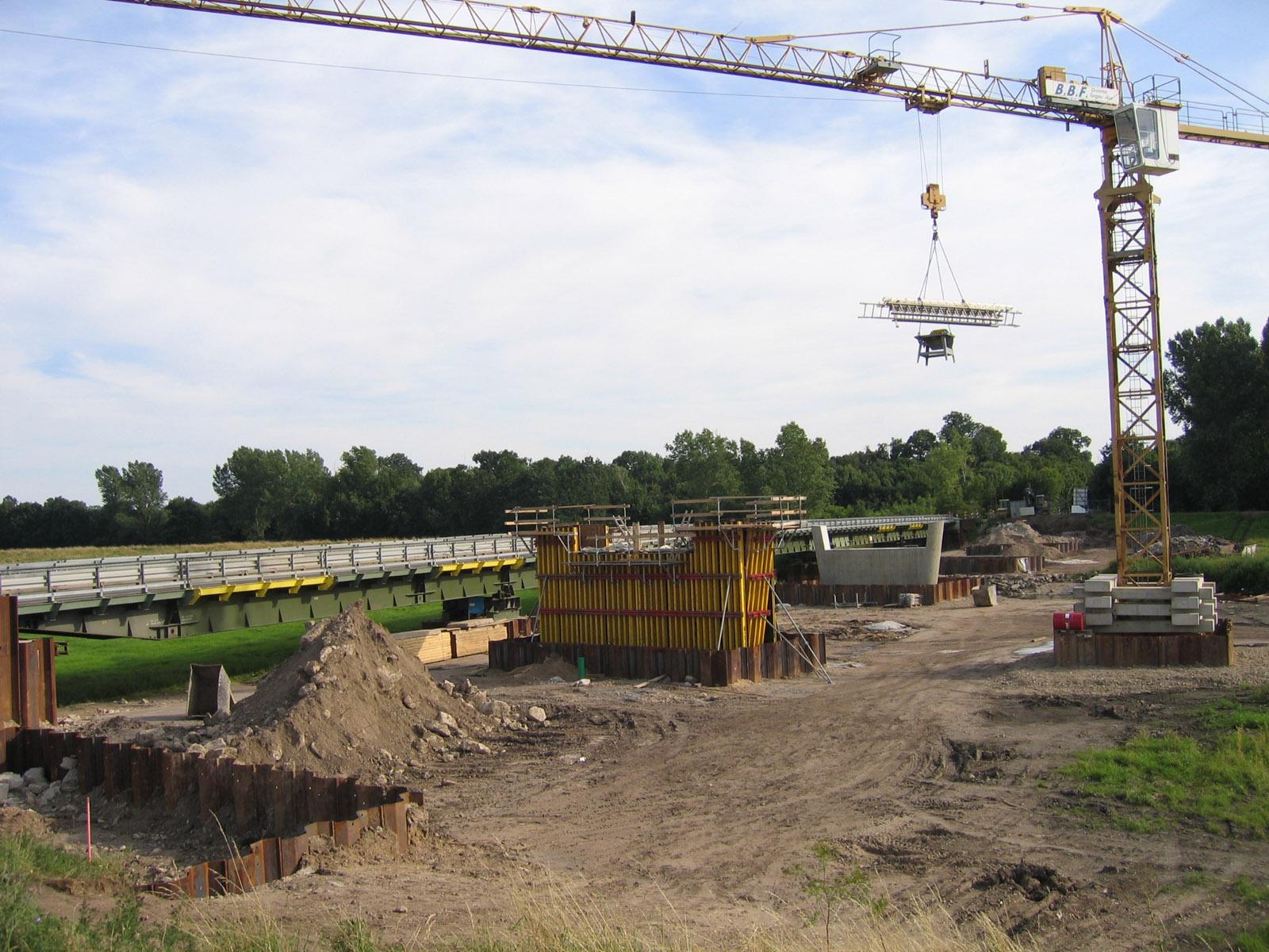 15.07.2007 - Die neue Brücke entsteht