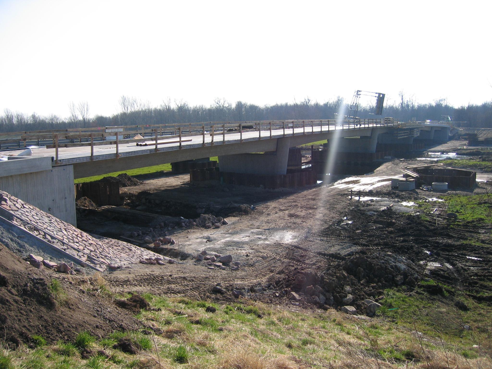 24.02.2008 - Die neue Brücke ist fast fertig