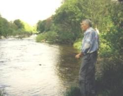 Karl-Heinz Pahling erfüllt sich einen Traum aus der Haftzeit: Angeln in Schottland 1997.