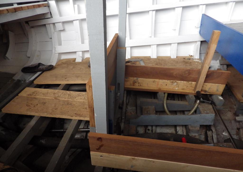 Construction  du coffre moteur