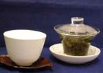 2)蒸らします。蒸らし時間は   茶葉によって違いますが青茶で15秒位。::悟空::--横浜中華街で生まれて30年。中国茶・中国茶器専門店
