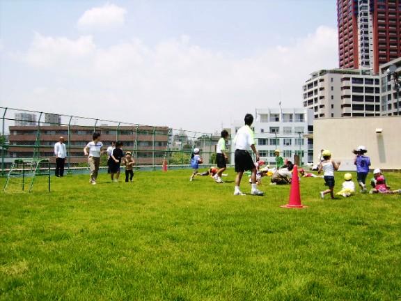 2007年06月06日 南山小学校  ノシバ 屋上