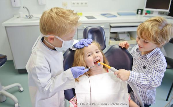 Wir möchten, dass Ihre Kinder den Zahnarztbesuch angstfrei erleben und gerne wiederkommen.