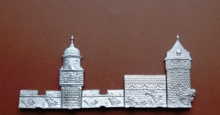 Türme und Mauer der Stadt Murten