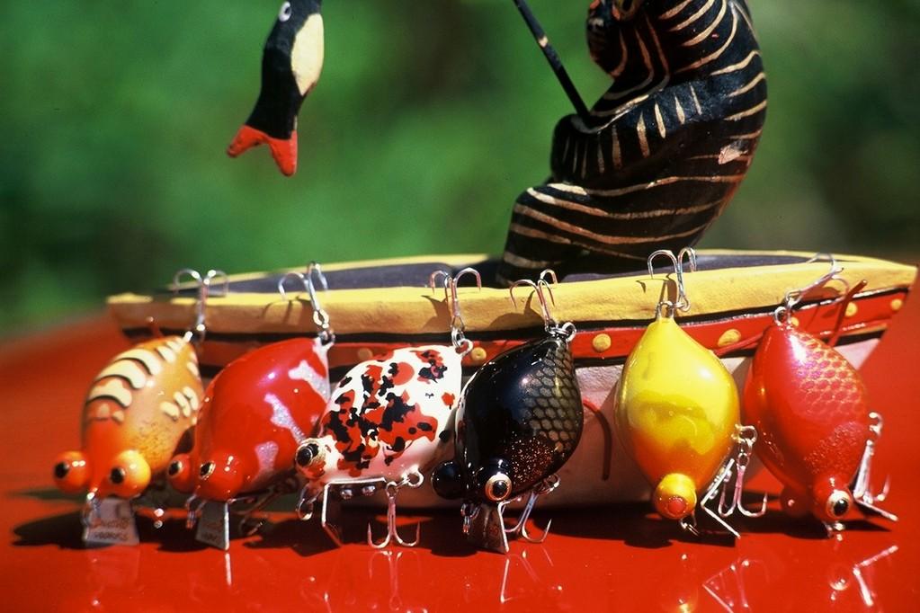 主なカラー 出目金の定番といえる赤デメ、黒デメももちろんあります。