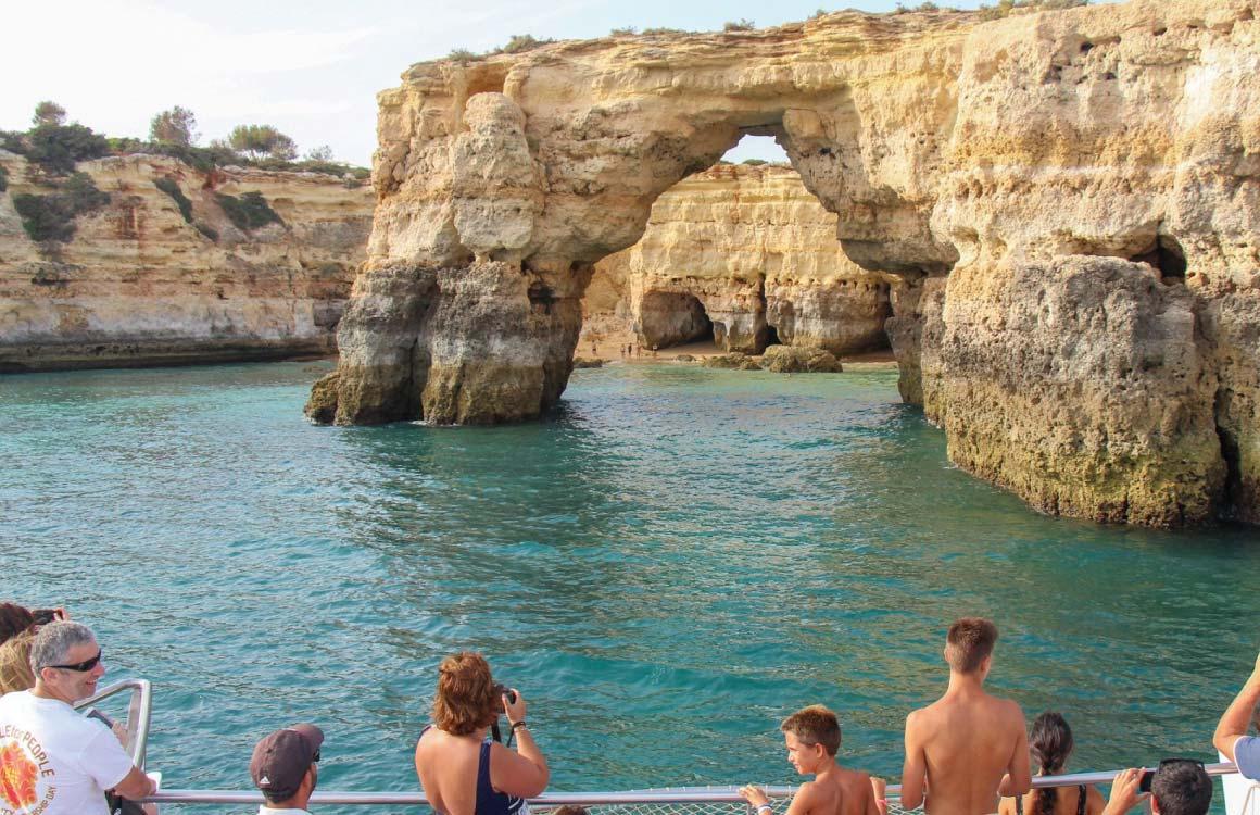 caves-beaches-cruise-tour-algarve