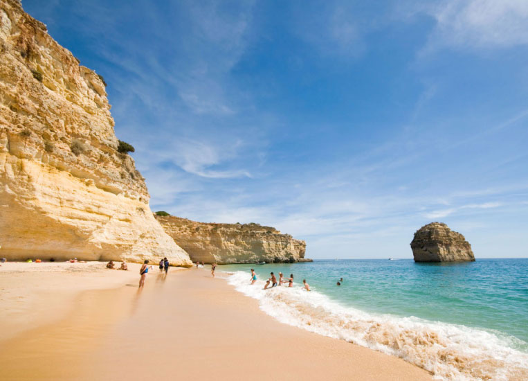 praia-cova-redonda-beach-porches-algarve