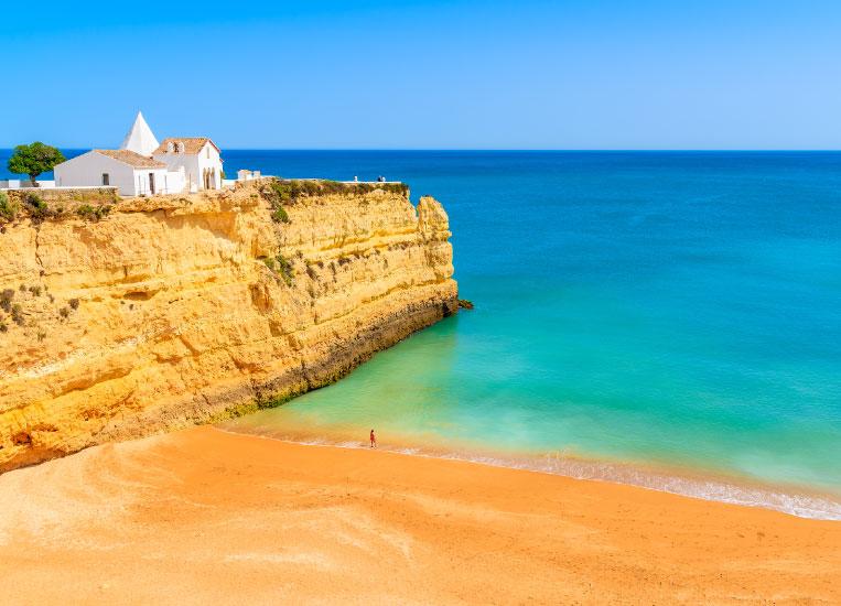praia-nova-porches-algarve-portugal-beach