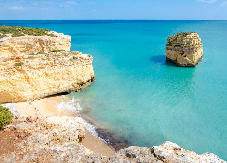 praia-do-barraquinho-beach-lagoa-algarve