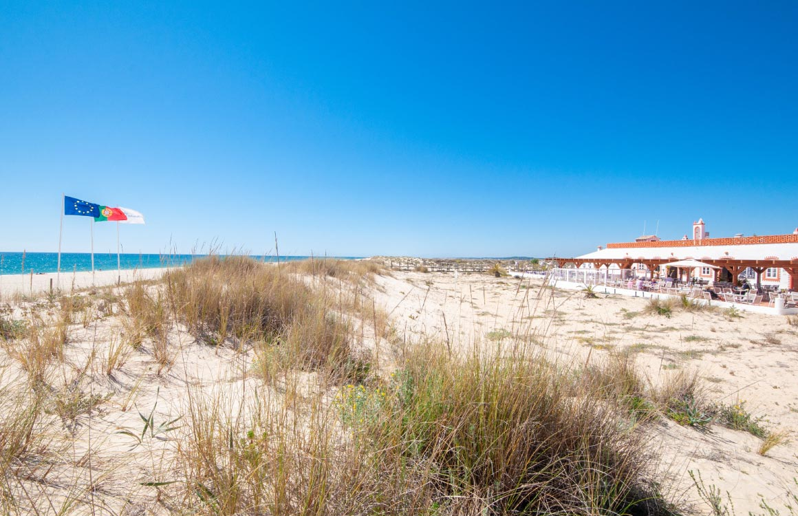 praia-do-barril-tavira-algarve