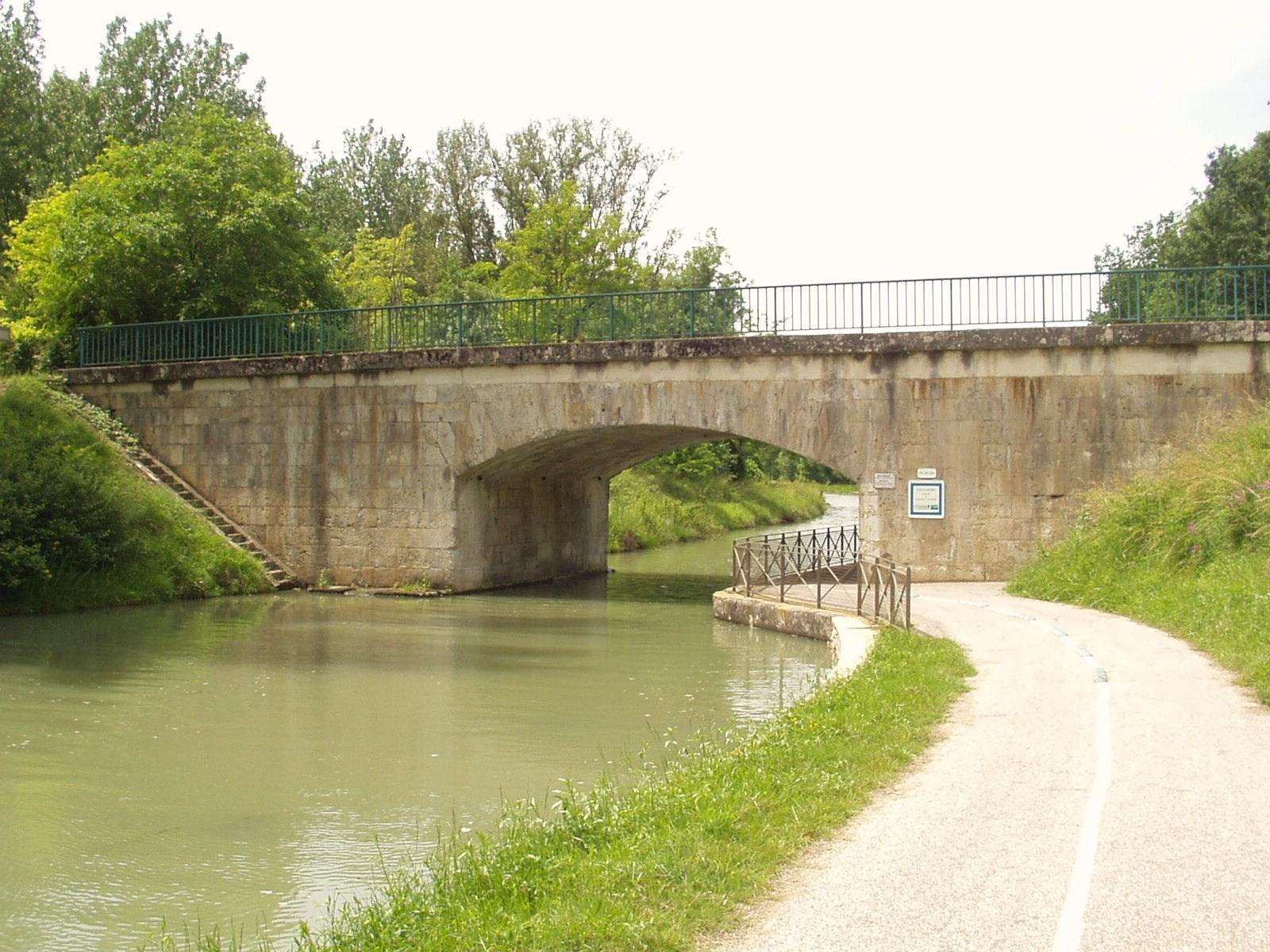 Le pont de Laspeyres. (Dept 47)