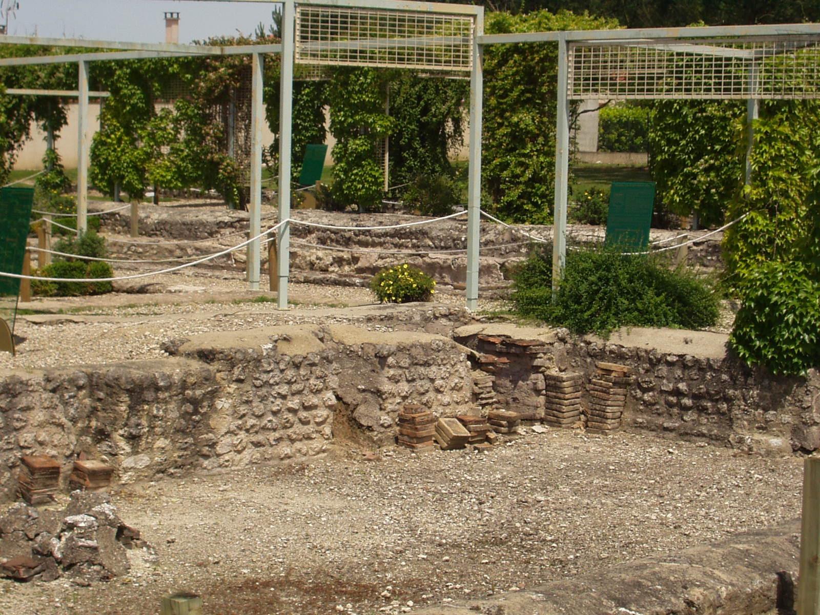 Les ruines de Villascopia. (Dept 47)