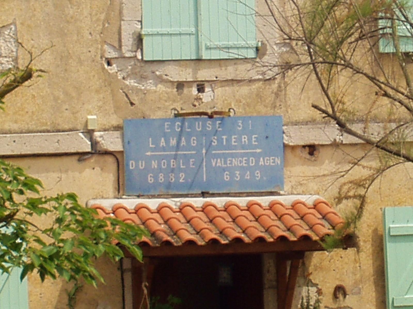 Ecluse de Lamagistère. (Dept 82)