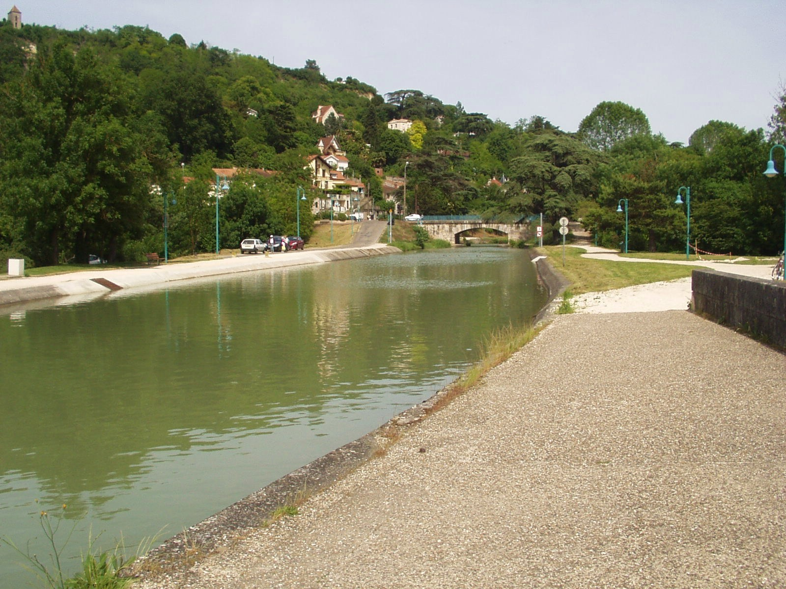 Vers l'amont du pont canal d'Agen. (Dept 47)