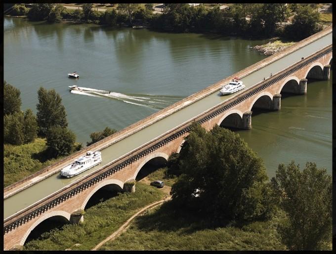 Le pont-canal de Cacor. (Dept 82)