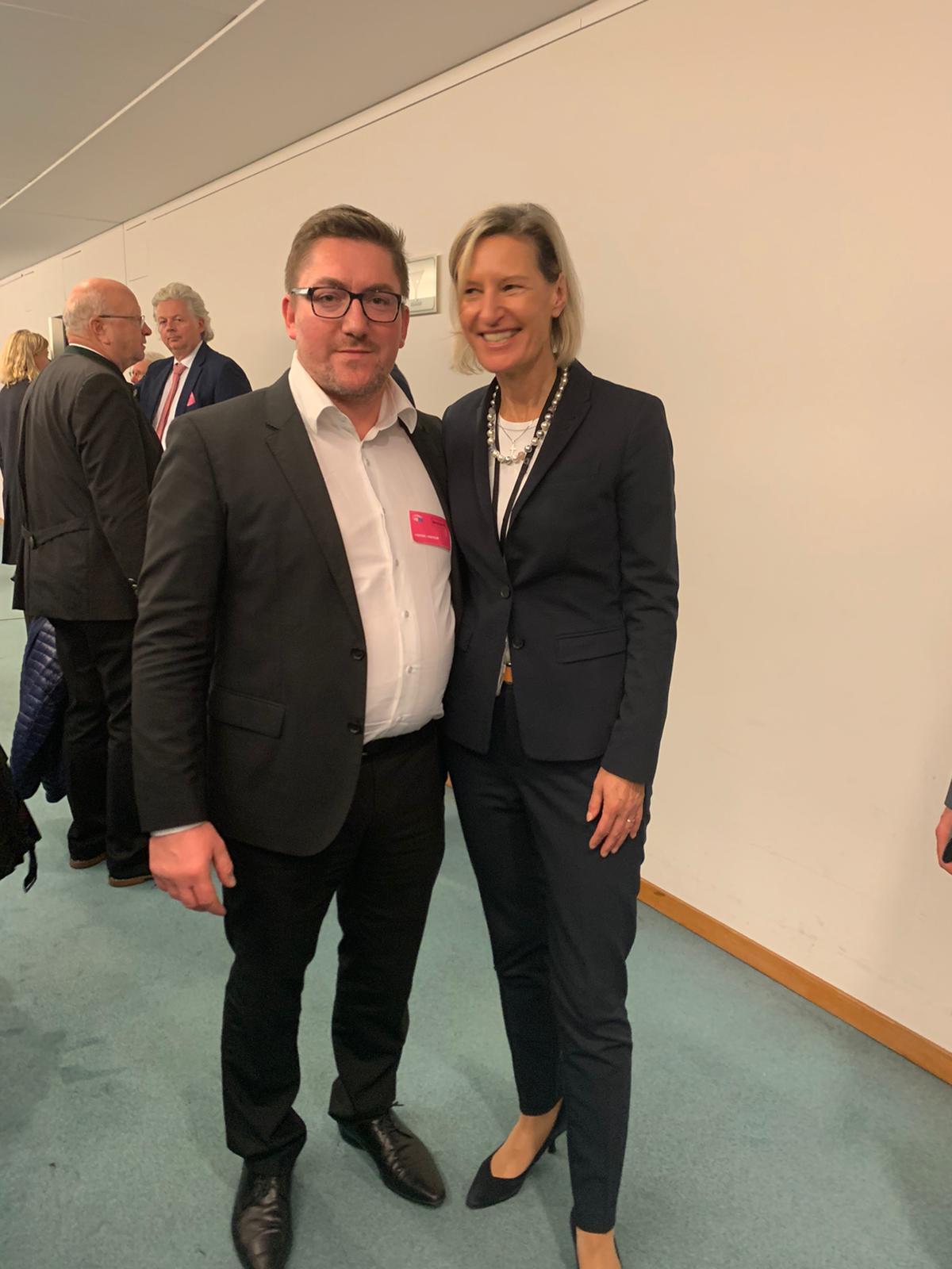 BRSI Asienexperte Till Suplika mit Frau Prof. Angelika Niebler, Mitglied des Europäischen Parlaments