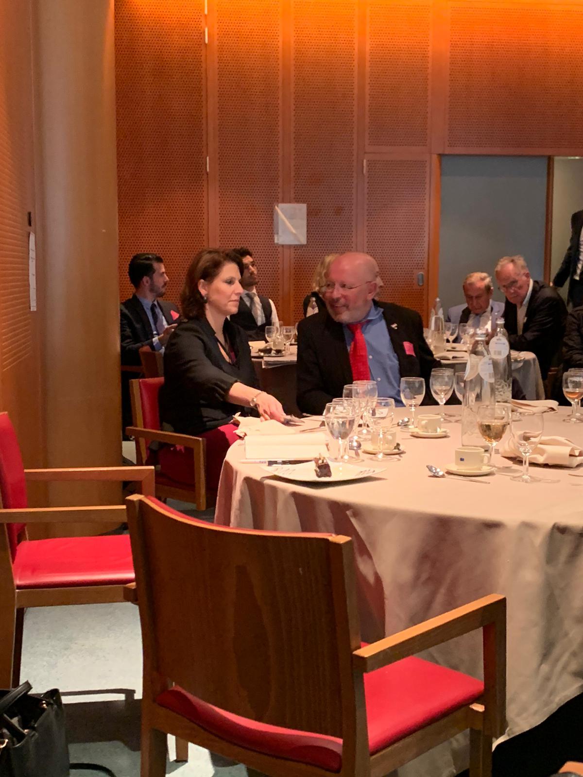Dr. Dieter Körner im Gespräch mit Frau Karoline Edtstadler Mitglied des Europäischen Parlaments