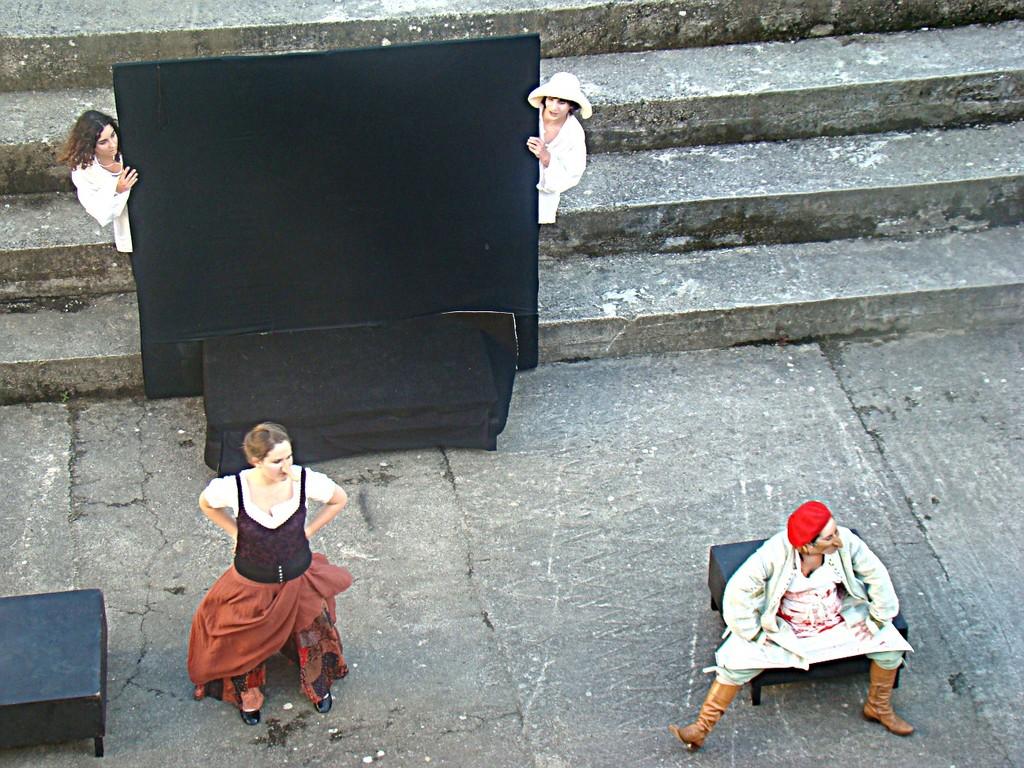 L'OISEAU VERT , d'après GOZZI, ATELIER-THEATRE du Lycée L.Bonaparte, Ajaccio