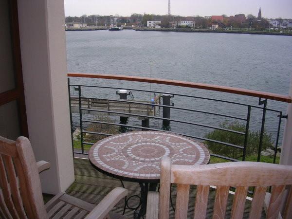 Blick vom Balkon auf den neuen Strom