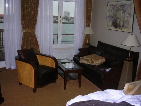Unsere Sitzecke im Hotelzimmer
