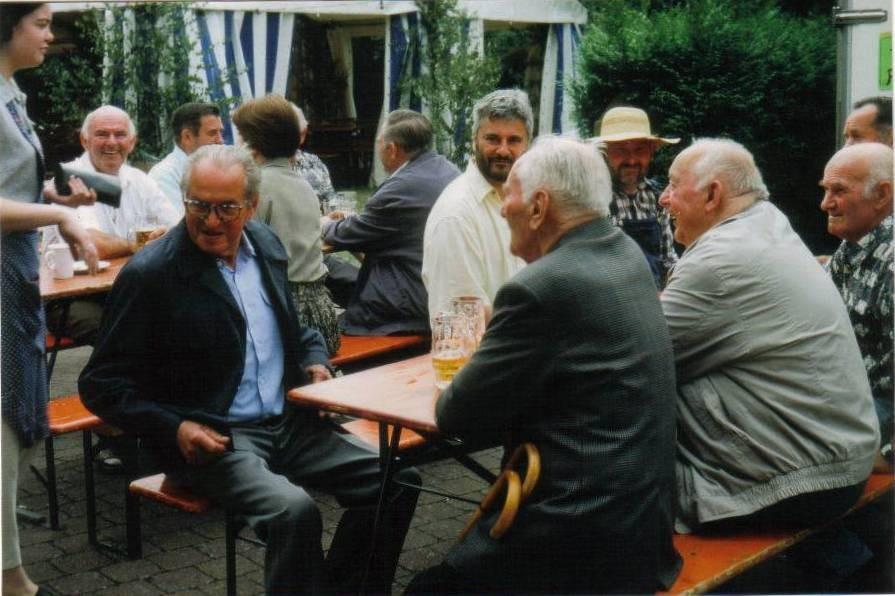 Bilder von Kirchzeller Feier vor xxxxxx Jahren