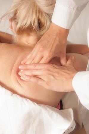 Schmerzpunktmassage  (Akupressur)