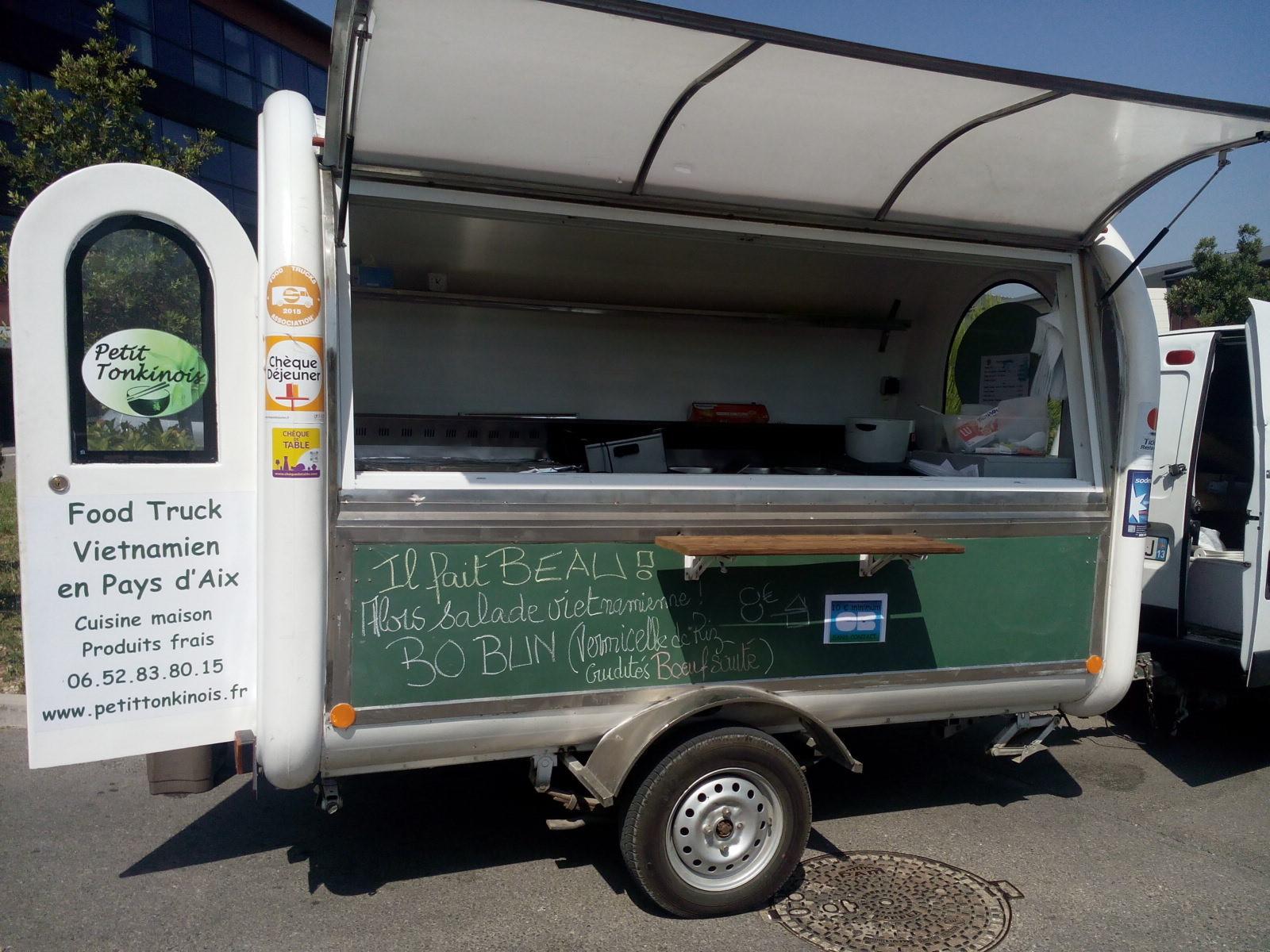 Food Truck Station / La Duranne