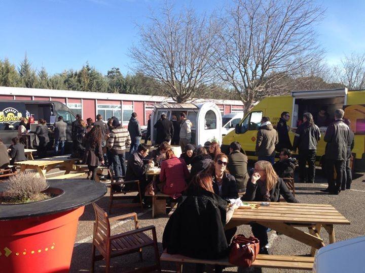 Food Truck Station / Les Milles