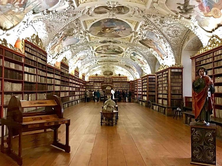 チェコ共和国 プラハ ストラホフ修道院 図書室