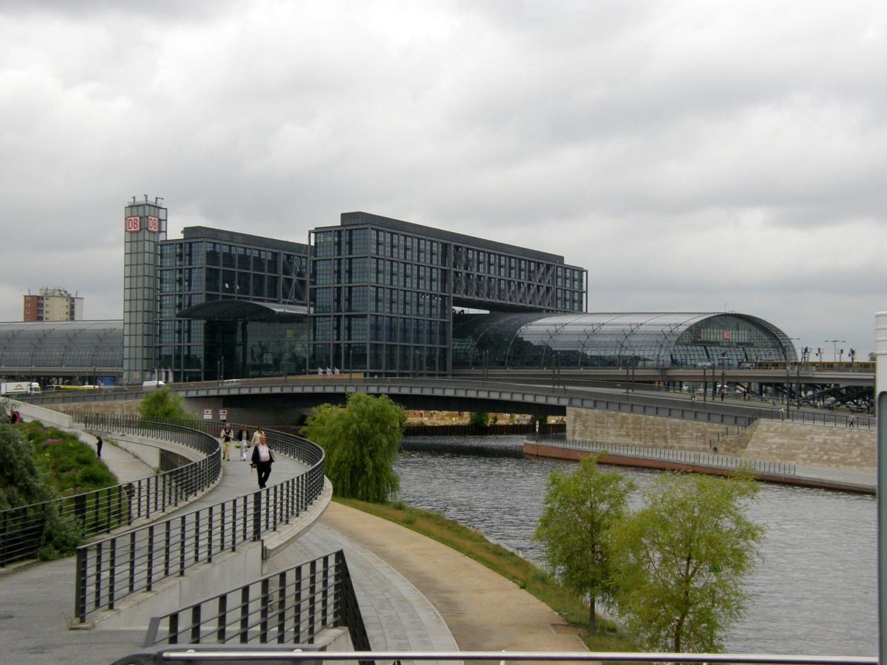 Vom neuen Hauptbahnhof ...