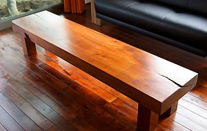 床材に合わせた家具製作などもお任せください!