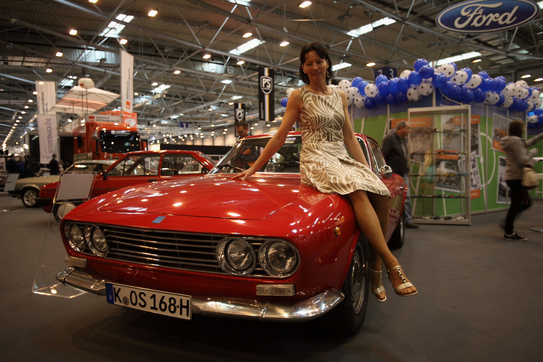 Techno Classica 2012 in Essen auf dem Ford-Stand