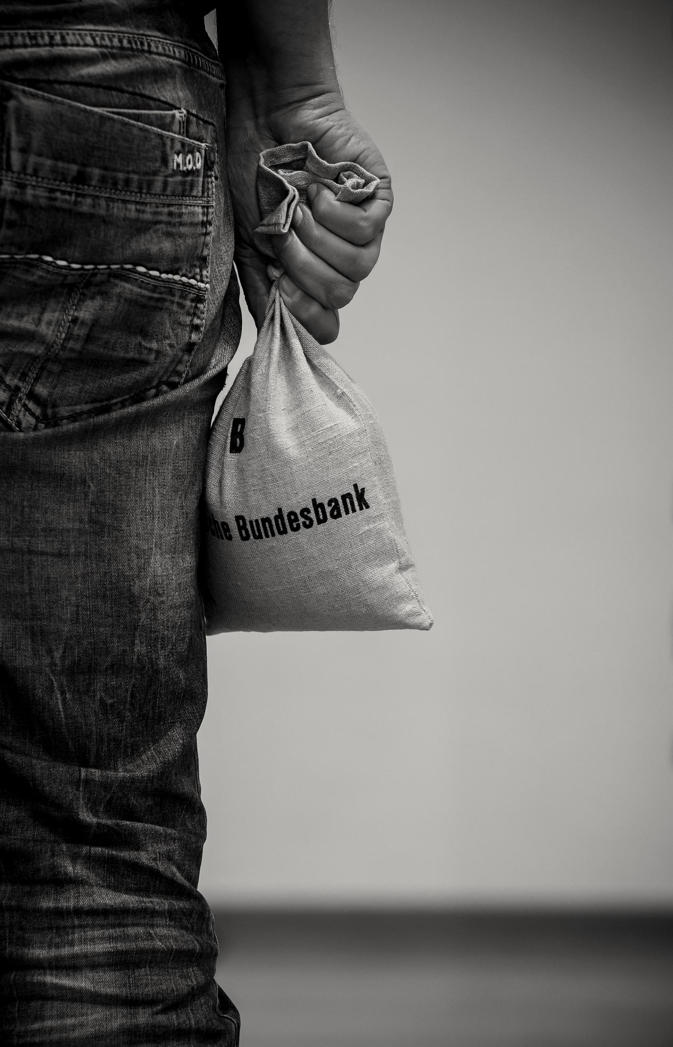 Dotmatchbox: kiloweise Kohle ... geht zur Weihnachtszeit über Ladentheken