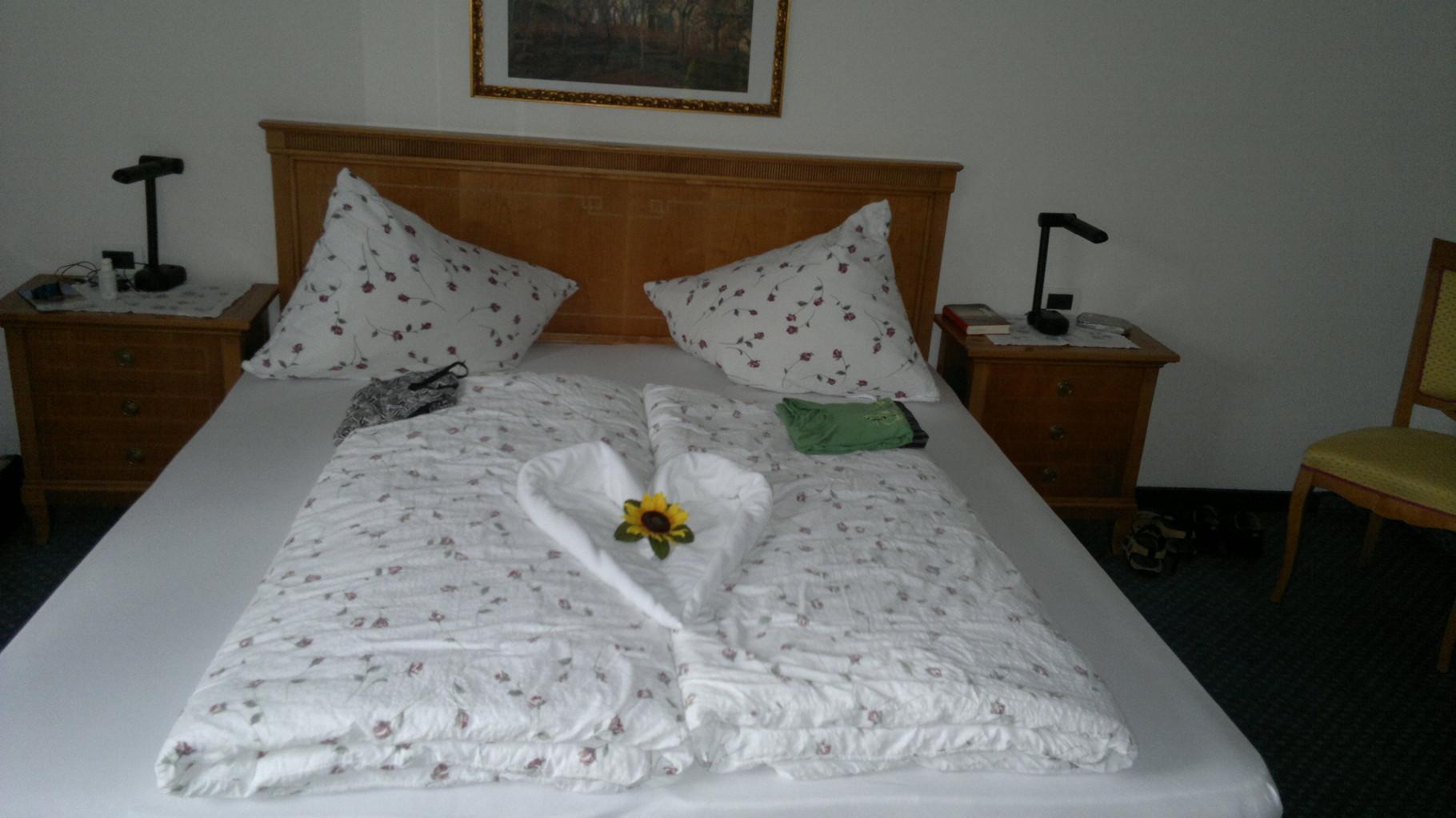 nettes Familienhotel mit täglich neuer Handtuchkunst