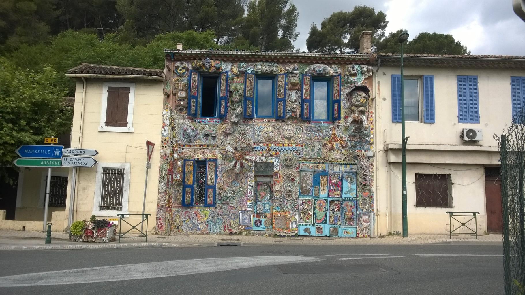 Kunst am Bau auf dem Weg nach Marseille