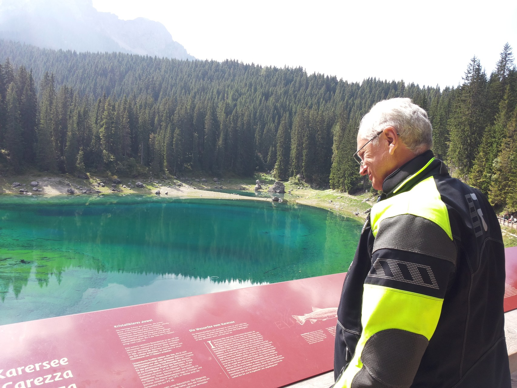 tolle Farben am Karersee