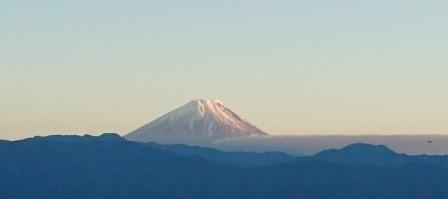 帰途の富士山は殊のほか美しかった。