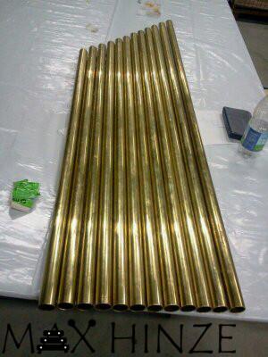 Zugeschnittene Rohre für die selbst gebauten Röhrenglocken, DIY tubular bells, Max Hinze