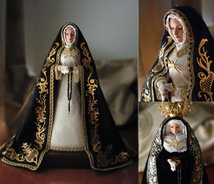 Dolorosa personalizada inspirada en la Soledad de Arganda del Rey (Madrid)
