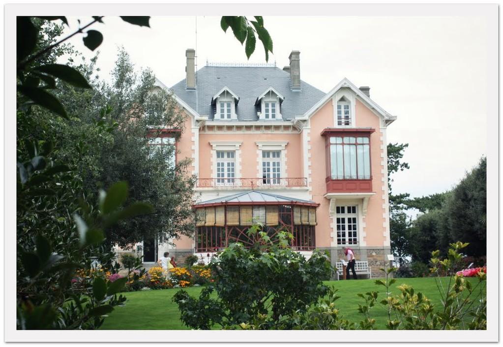 Granville , le musée Christian Dior à 40 min du gîte