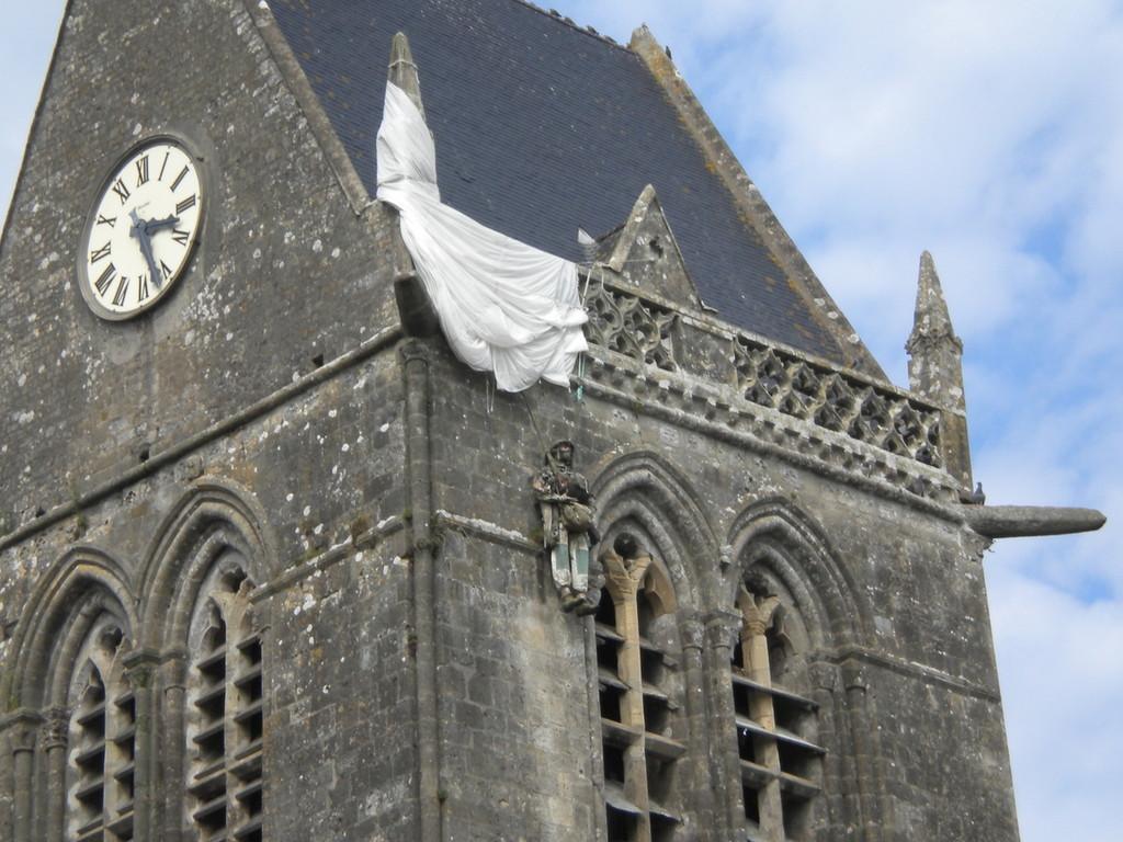Sainte Mère L'Eglise à 1hdu gîte