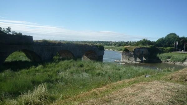 Le pont de la Roque à 20 min du gîte