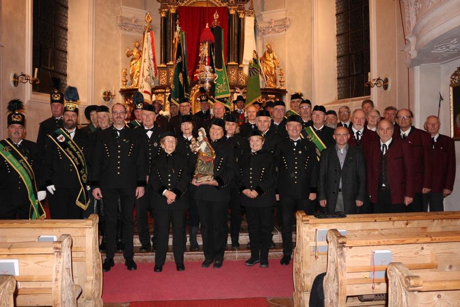 Die Knappschaft Rerobichl-Oberndorf und Gäste