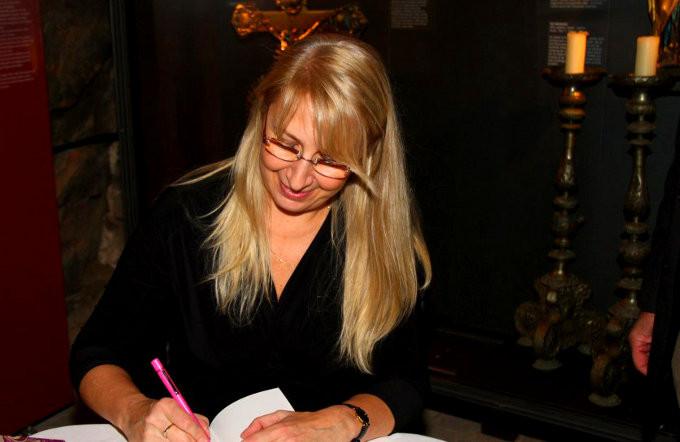 Signierstunde mit Dagmar Isabell Schmidbauer