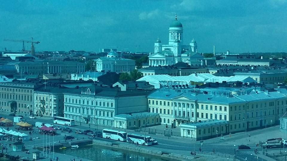 Hoch über Helsinki